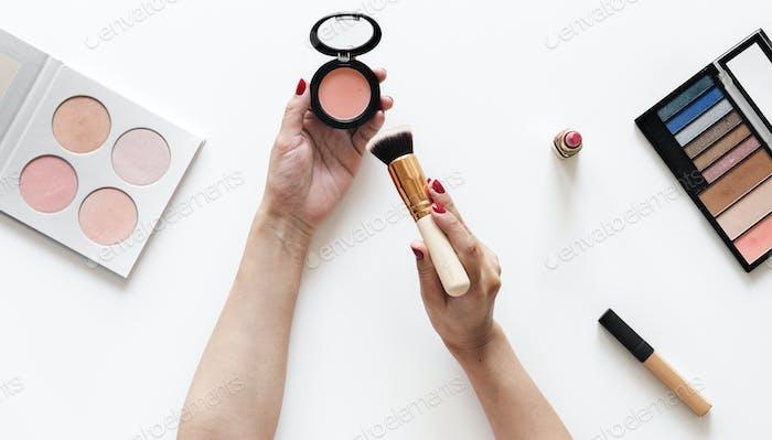 Beauty blogger testing cosmetics