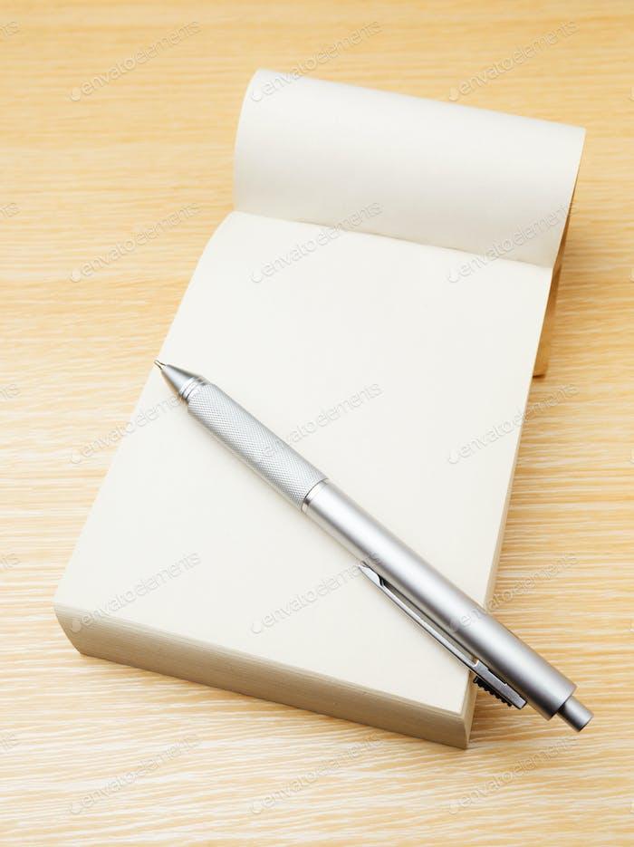 Memo pad and pen