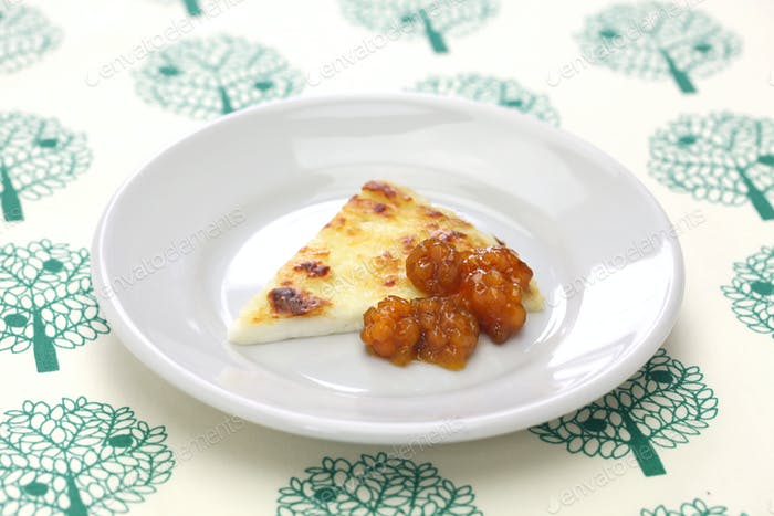 homemade finnish squeaky cheese with cloudberry jam