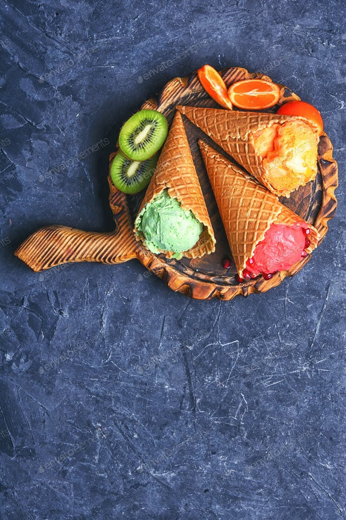 Summer ice cream with fruit
