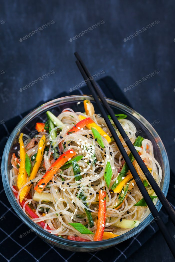 Delicious asian rice glass noodles with vegetables (wok)