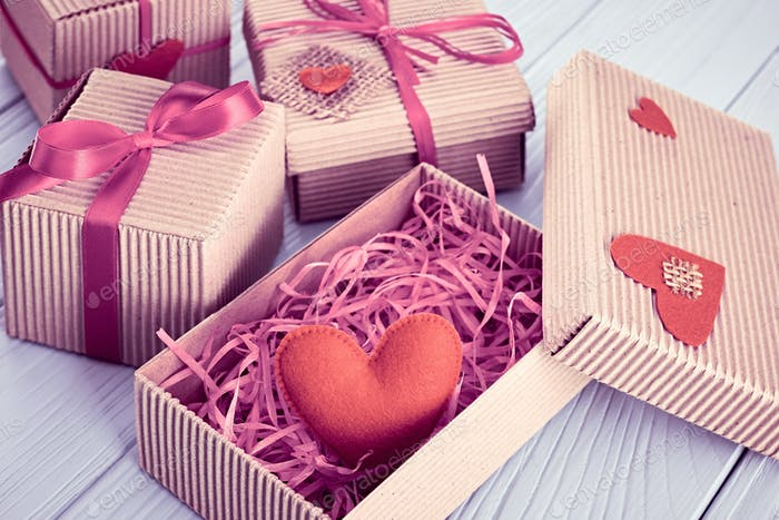 Heart, gifts