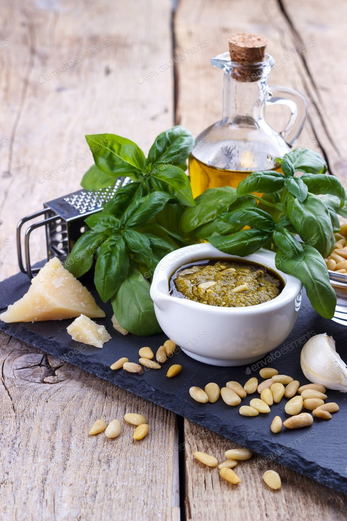 Pesto sauce and ingredients