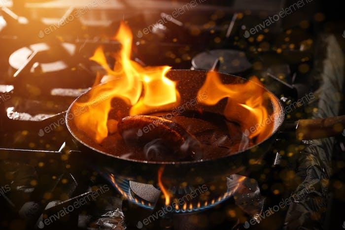 Kochen mit Flamme
