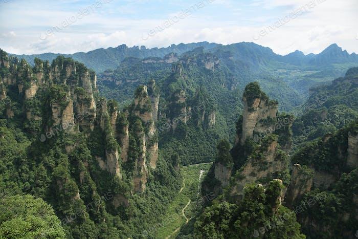 Beeindruckende Sandsteinsäulen in Yuangjiajie Gegend