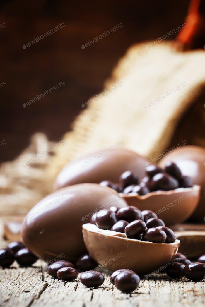 Osterferien Zusammensetzung mit Schokoladeneiern