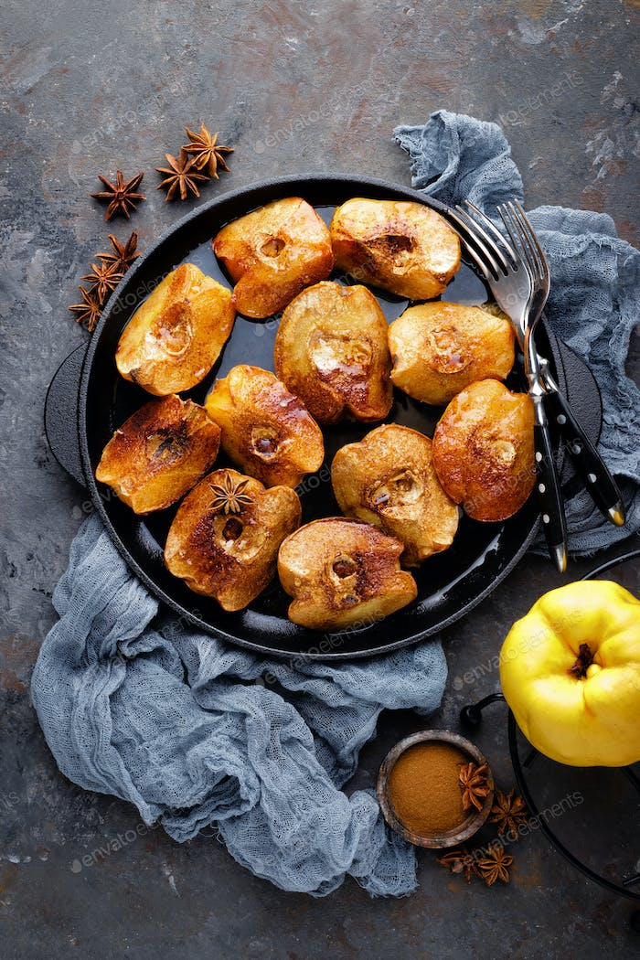 Apple quince baked with honey and cinnamon. Healthy vegetarian dessert