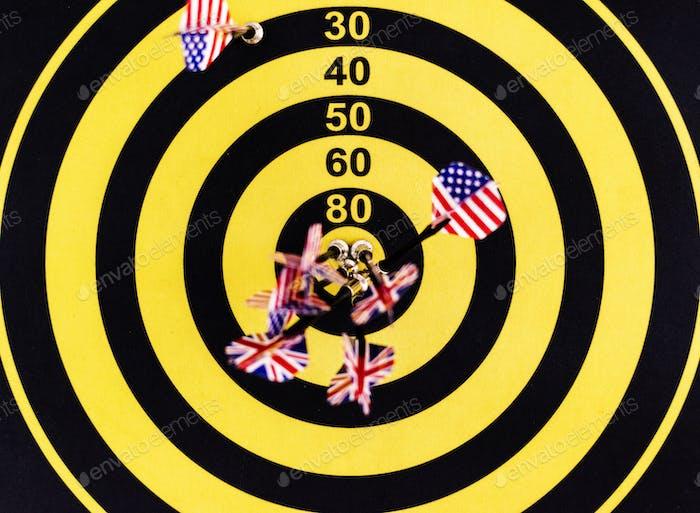 Bullseye Punktzahl auf einer Dartscheibe