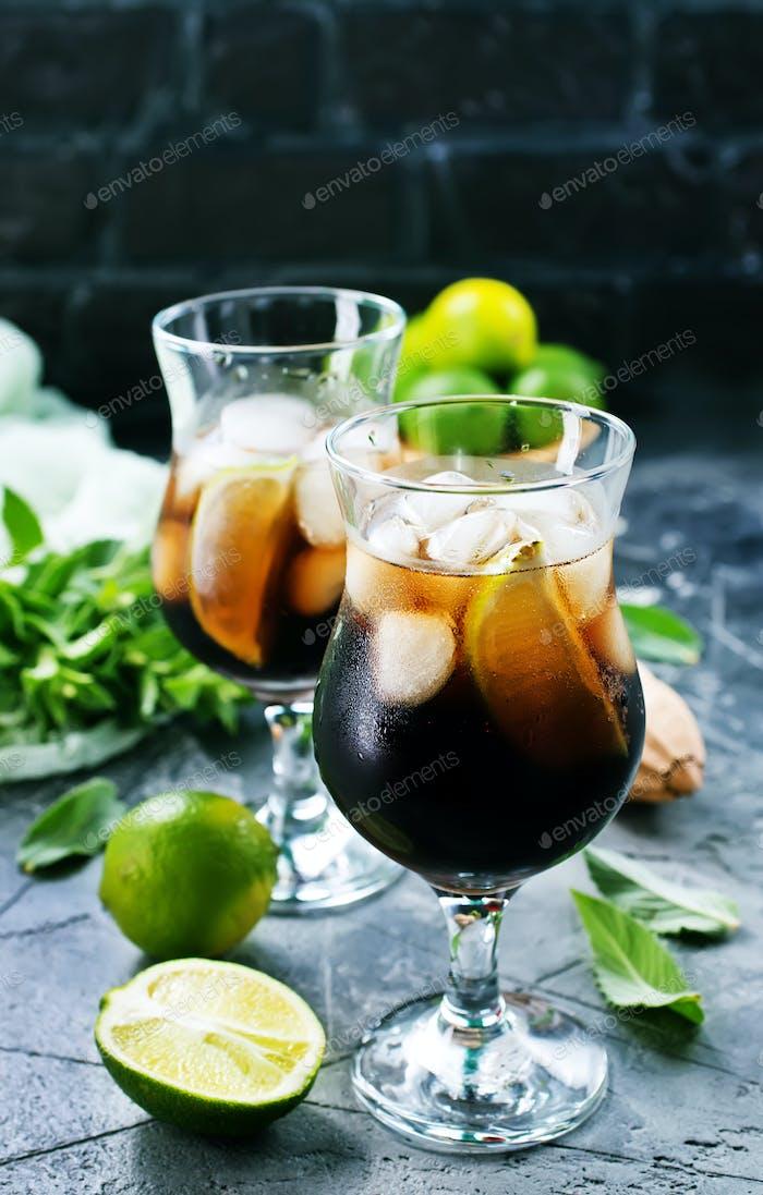 trinken mit Limetten