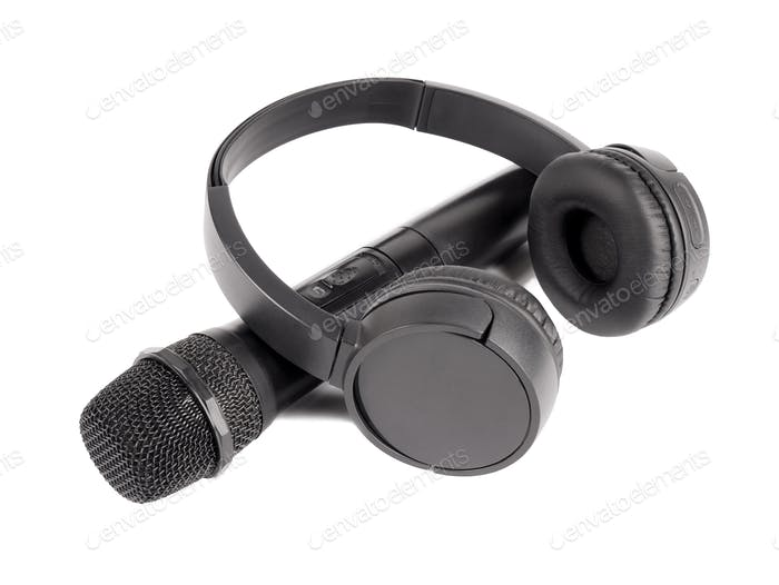 Wireless microphone and headphones