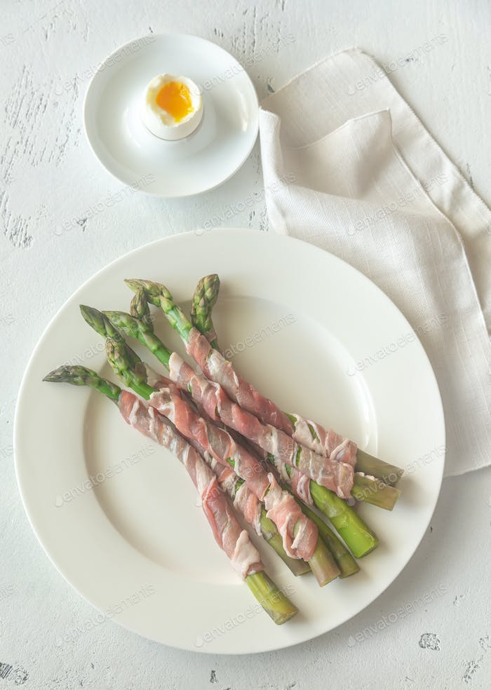 Bacon wrapped asparagus dippers