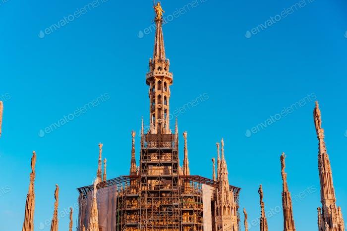 Dachterrassen der gotischen Kathedrale