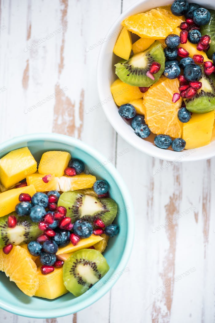 breakfast bowls with fruit salad