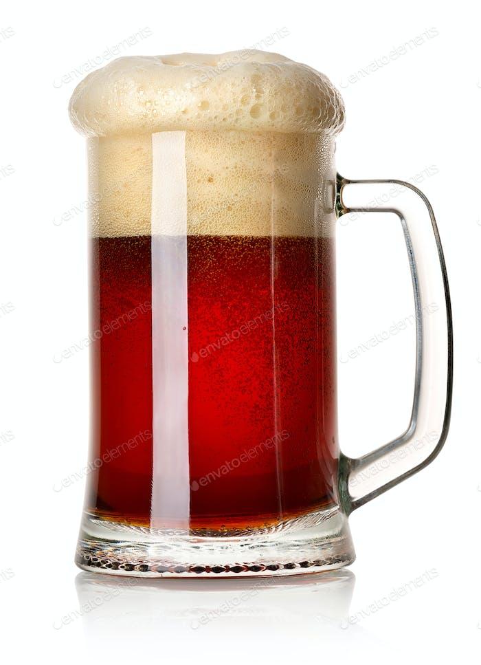 Tasse rotes Bier
