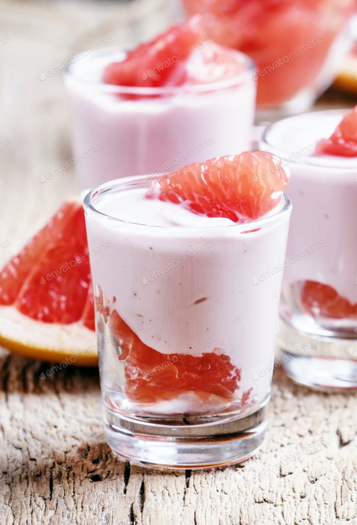 mousse with cream and grapefruit
