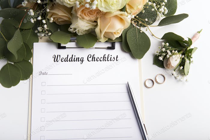 Wedding checklist with copy space for text and roses