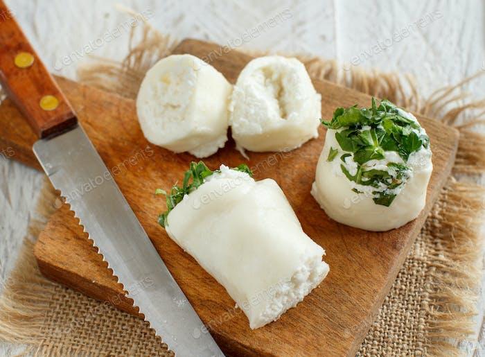 Italienische Mozzarella-Sticks gefüllt mit Ricotta