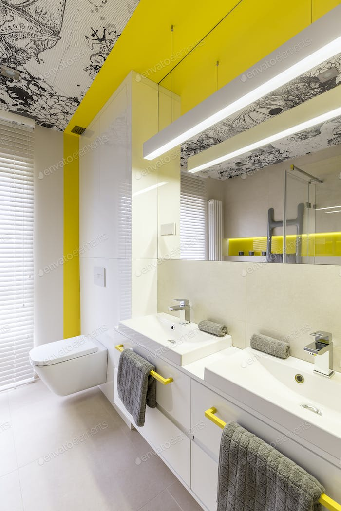 Neon yellow bathroom design idea