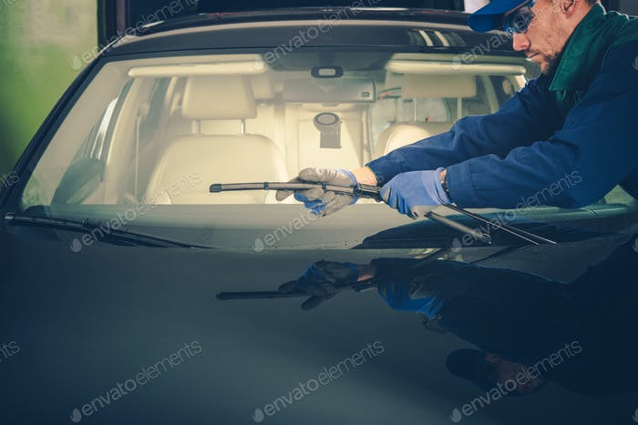 Windscreen Wiper Replacement