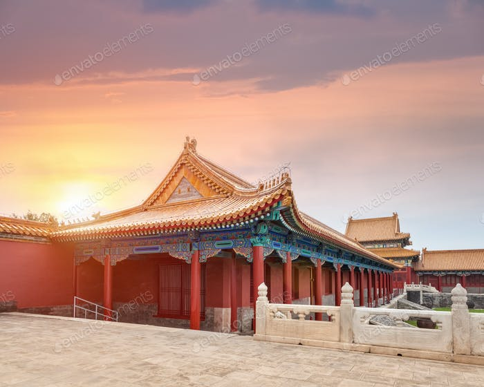 beautiful palace architecture at dusk