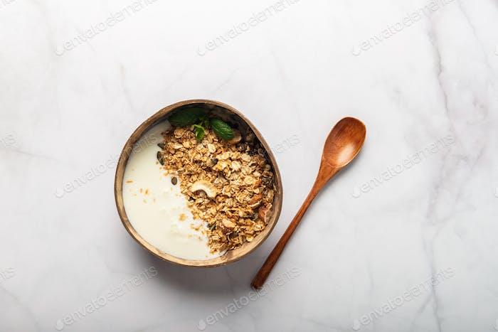 Hausgemachtes glutenfreies Müsli