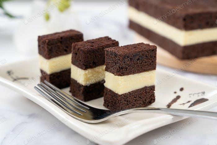 Three layer steam chocolate cheese cake
