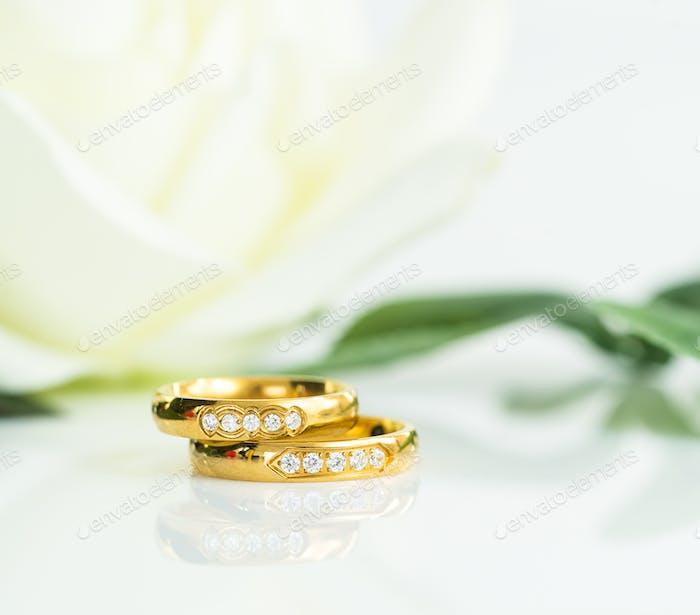 Close up Wedding ring on white_