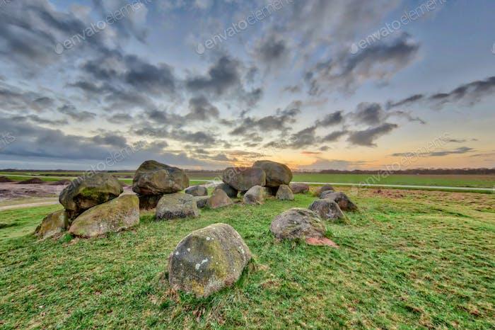 Hunnische megalithische Dolmen
