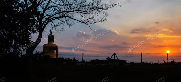 Buddha with the sunrise