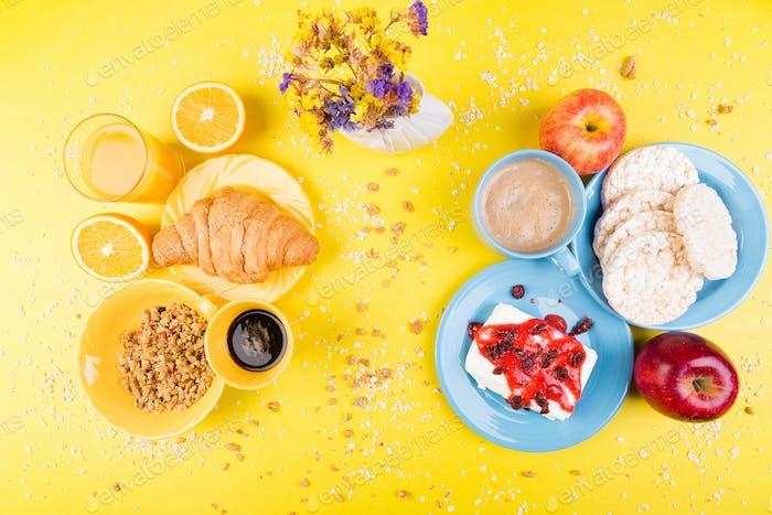 Gesundes Frühstück. Verschiedene Sortiments-Set.