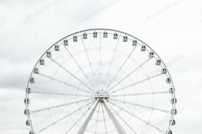 White observation wheel