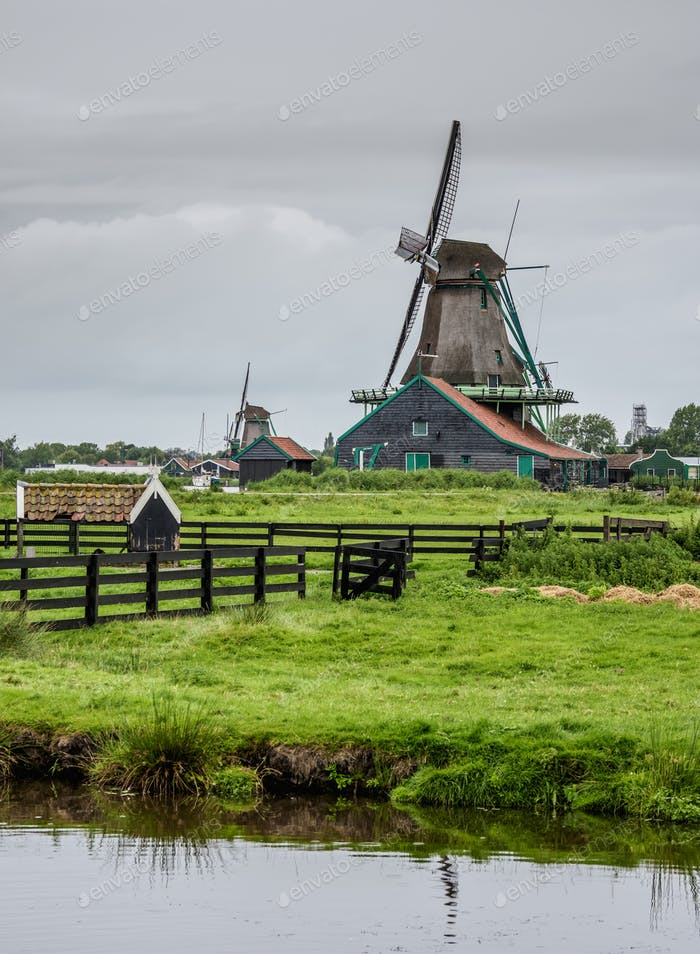 Zaanse Schans Windmühlen