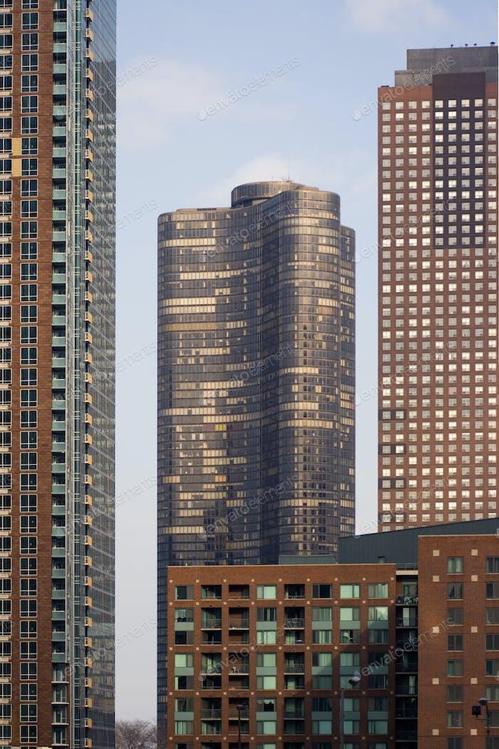 Apartament Buildings in Chicago