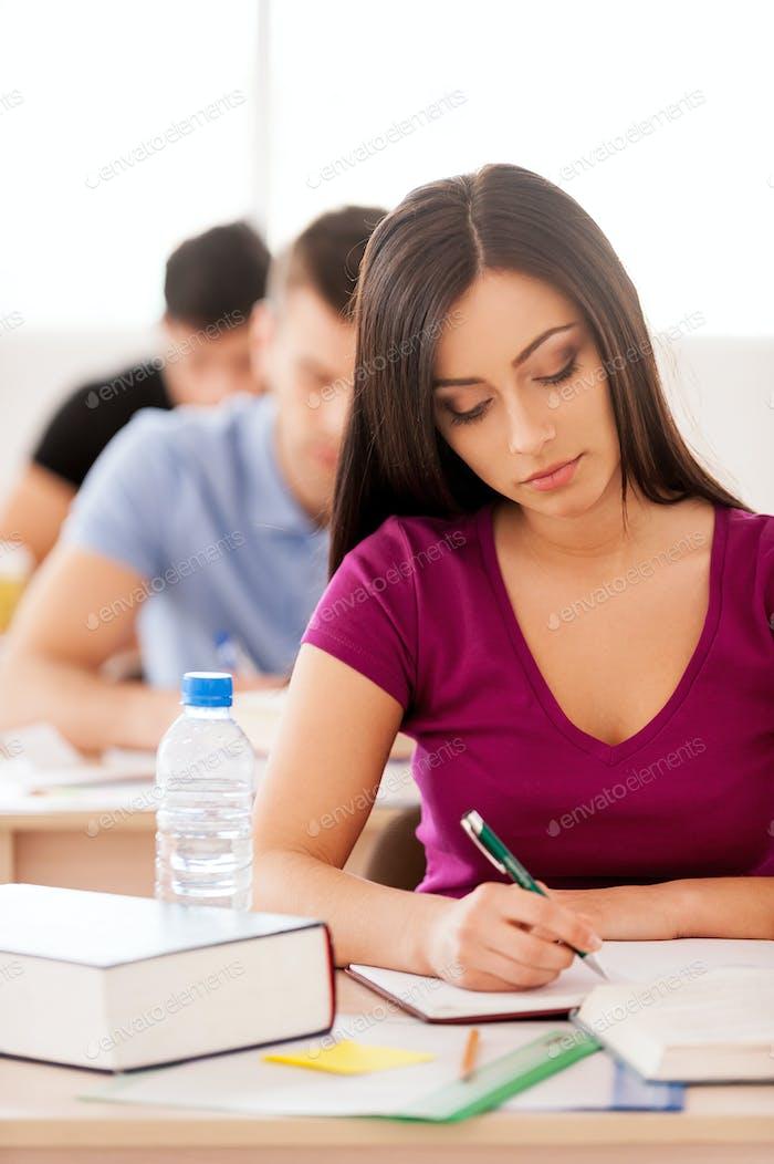 Estudiante confiado.