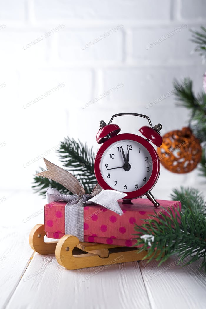 New Year's clock.