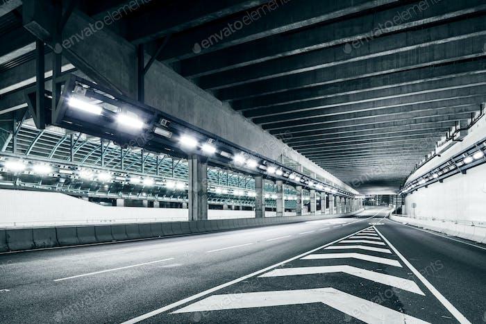 Leerer Tunnel