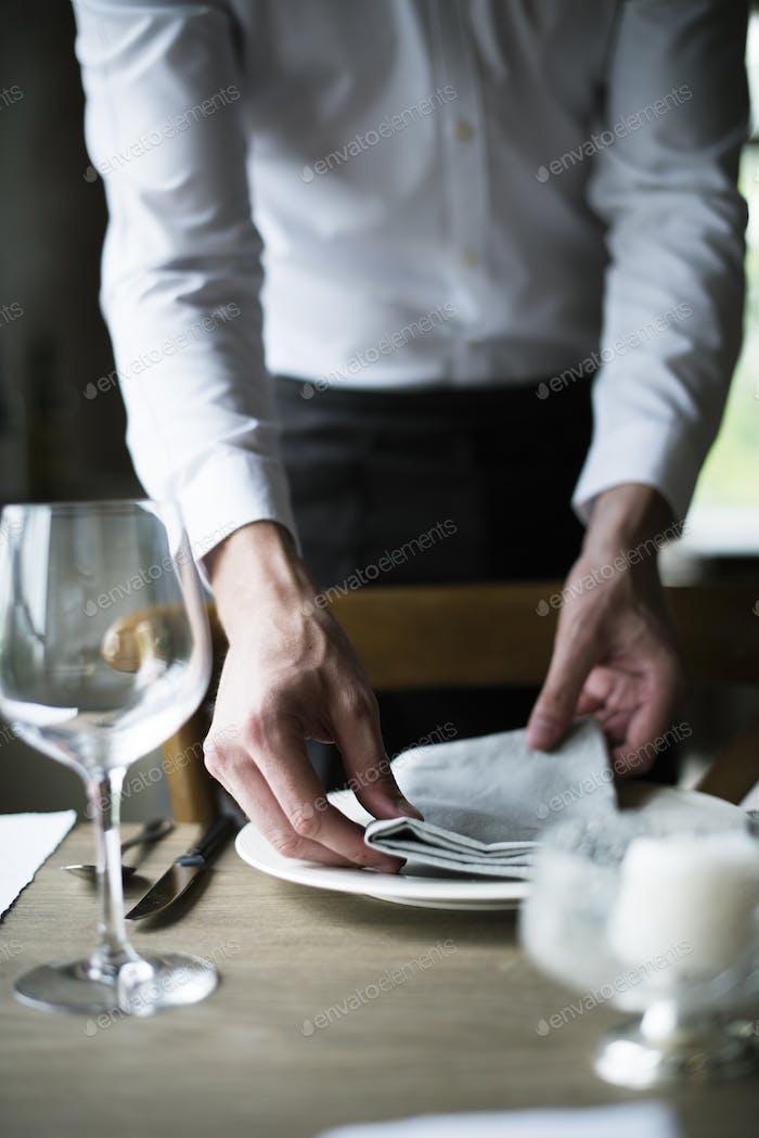 Restaurant Personal Tisch im Restaurant für die Rezeption