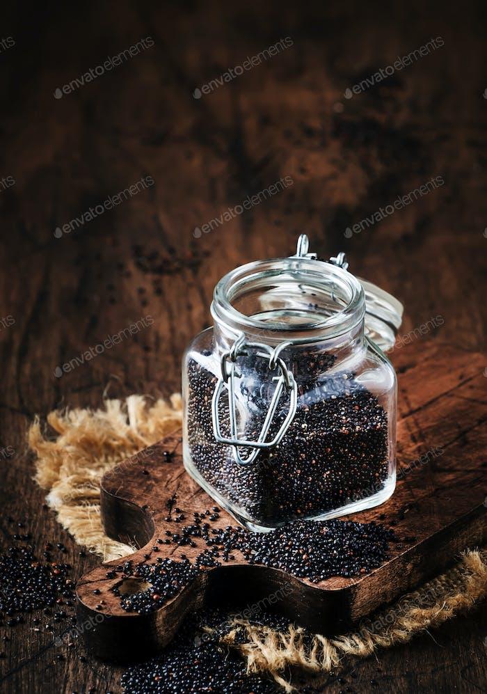 Black quinoa seeds