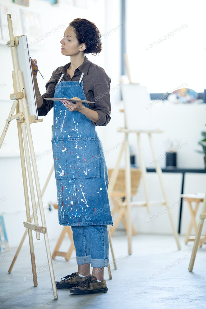 Woman in studio of arts