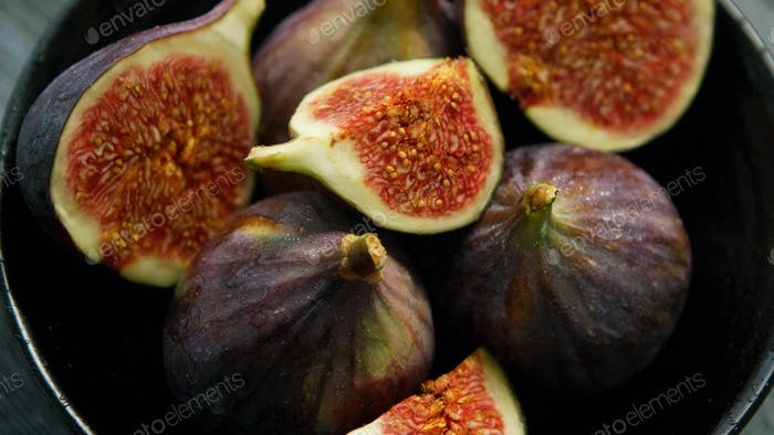 Sweet figs in bowl