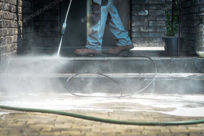 Pressure Washer Cleaning Time