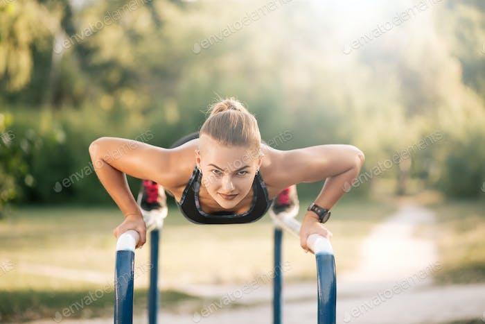 Ejercicio de entrenamiento al aire libre