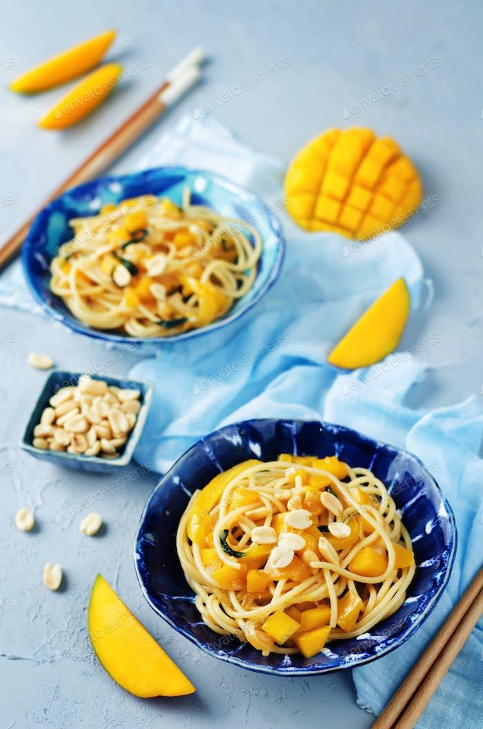 Mango pepper peanut pasta