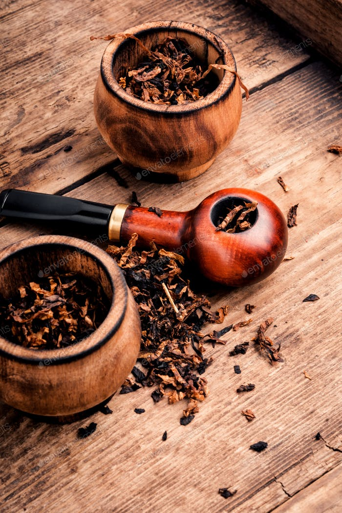 Smoker tobacco pipe