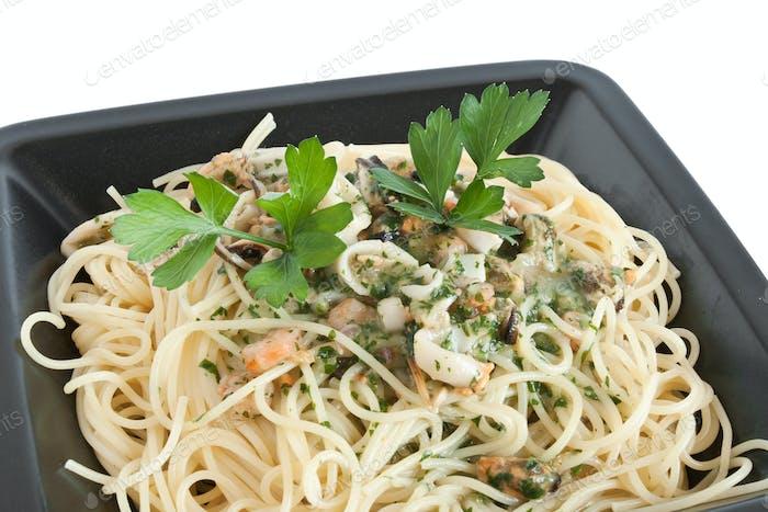 spaghetti with seafood closeup