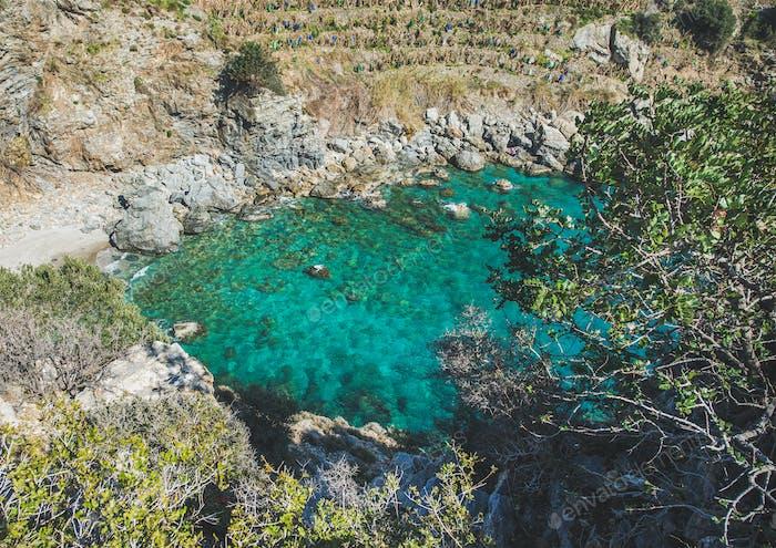 Schöner Blick auf das Meer Lagune mit türkisfarbenem Wasser, Türkei