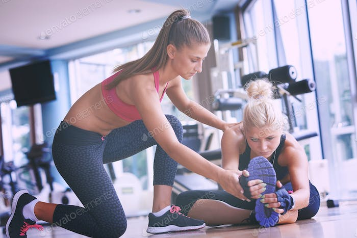 working out with personal trainer