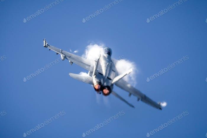 F/A18F Super Hornet  performing maneuver