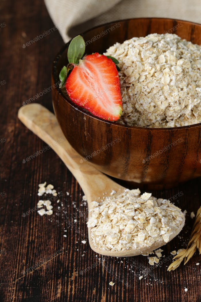 Organic Oat Flakes With Strawberry