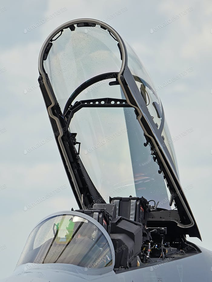 Kampfjet-Cockpit